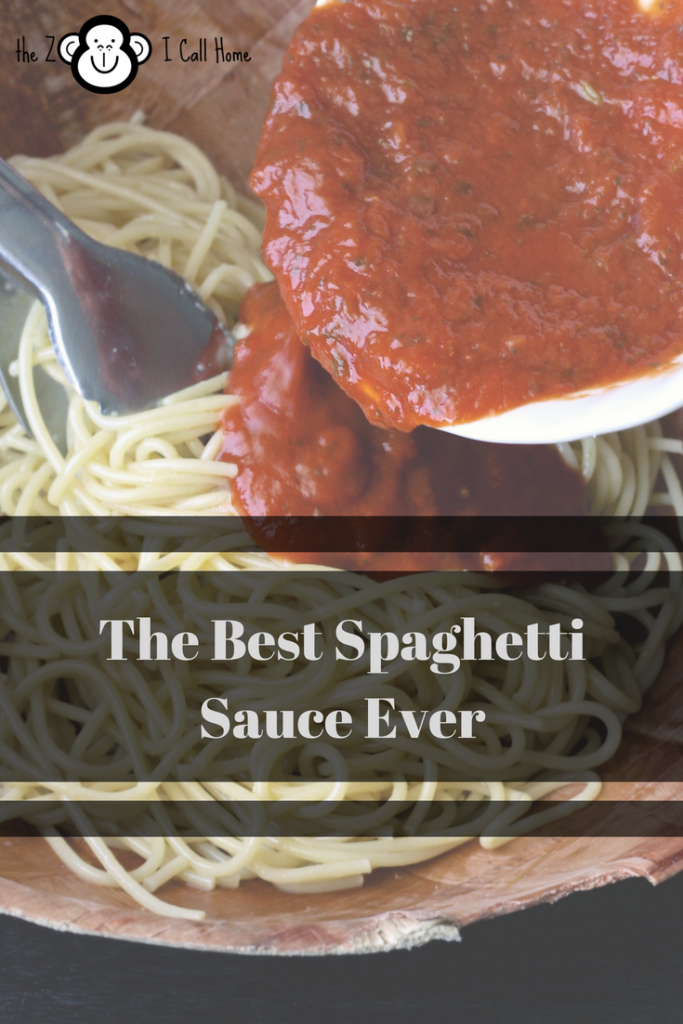 The best homemade pasta sauce ever. So simple, yet so yummy.